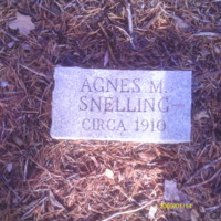 Agnes M. Snelling Headstone